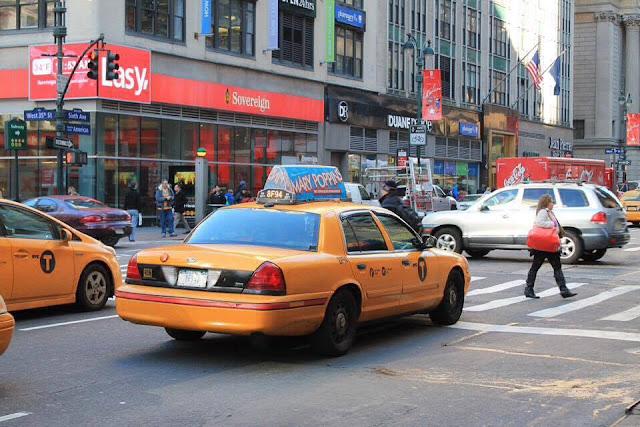 Taxi jaune à New York Agathe Diary