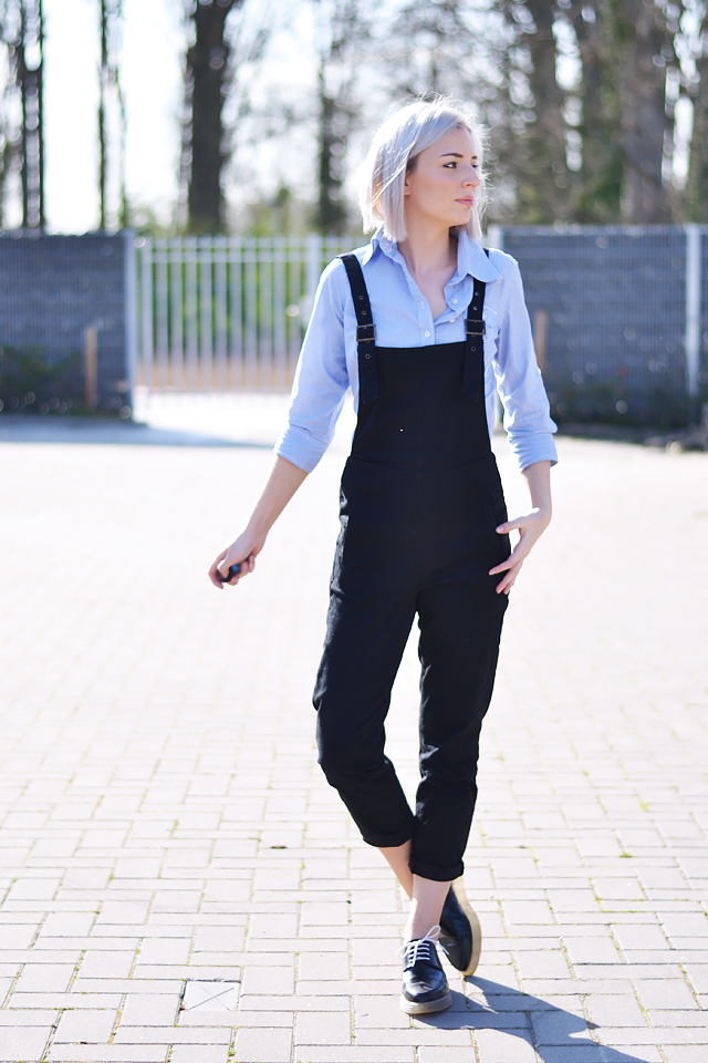 Outfit, street style, dungarees, how to wear, trend, asos, striped shirt, blogger