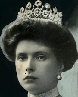 aquamarine tiara princess alice andrew greece battenberg