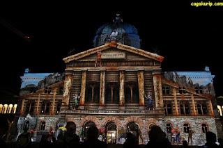Pertunjukan Cahaya di Bundesplatz