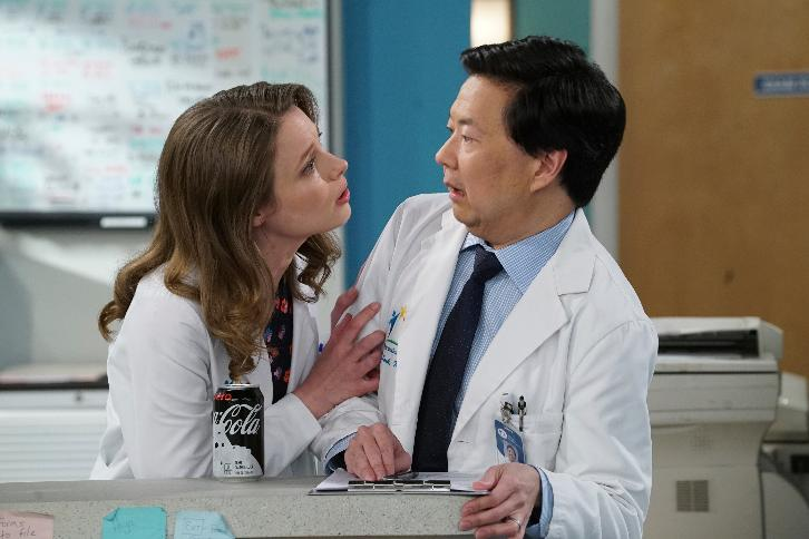Dr. Ken - Episode 2.12 - Ken's New Intern - Promotional Photos & Press Release