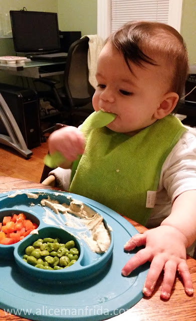 hummus, baby led weaning, baby, spoon, peas, carrots, tasty Tuesday