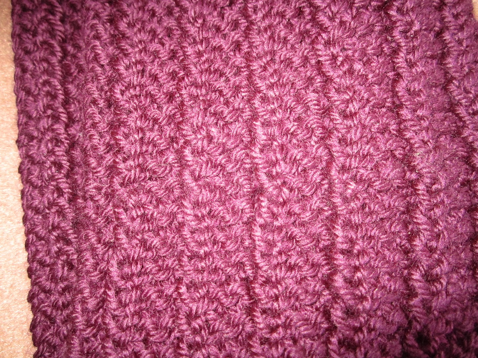Knit Scarf Pattern Size 5 Needles : gloriastitches: Knitted Scarf for a Gift