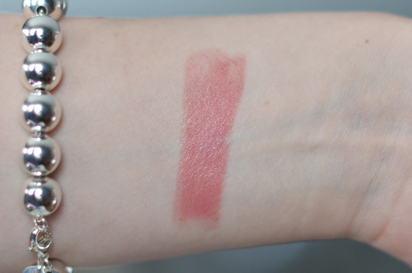 urban decay haul revolution naked lipstick swatch