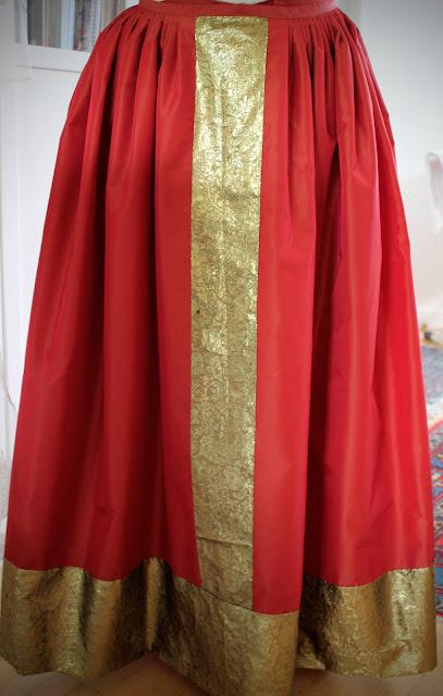 costume 18e siècle par couturière à Versailles