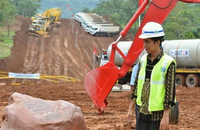 Indef Beberkan Proyek Jokowi yang Tak Rasional