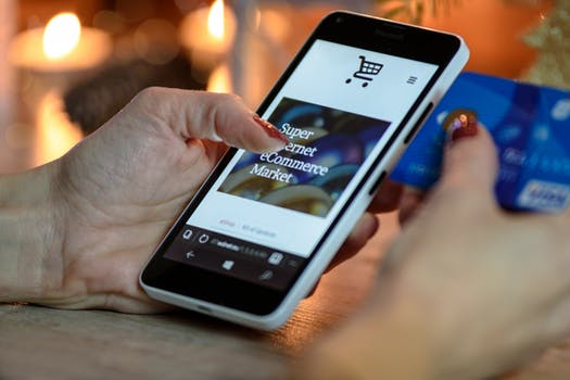 Kiat Sukses Menjadi Konsumen Cerdas Dalam Memanfaatkan Perkembangan Ekonomi Digital