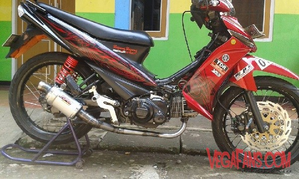 Foto Modifikasi Vega ZR Merah Racing