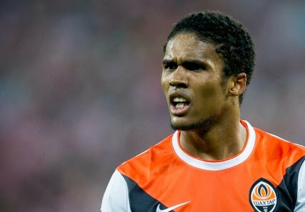 Douglas Costa will cost £30m
