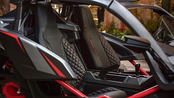 Polaris Slingshot Grand Touring LE