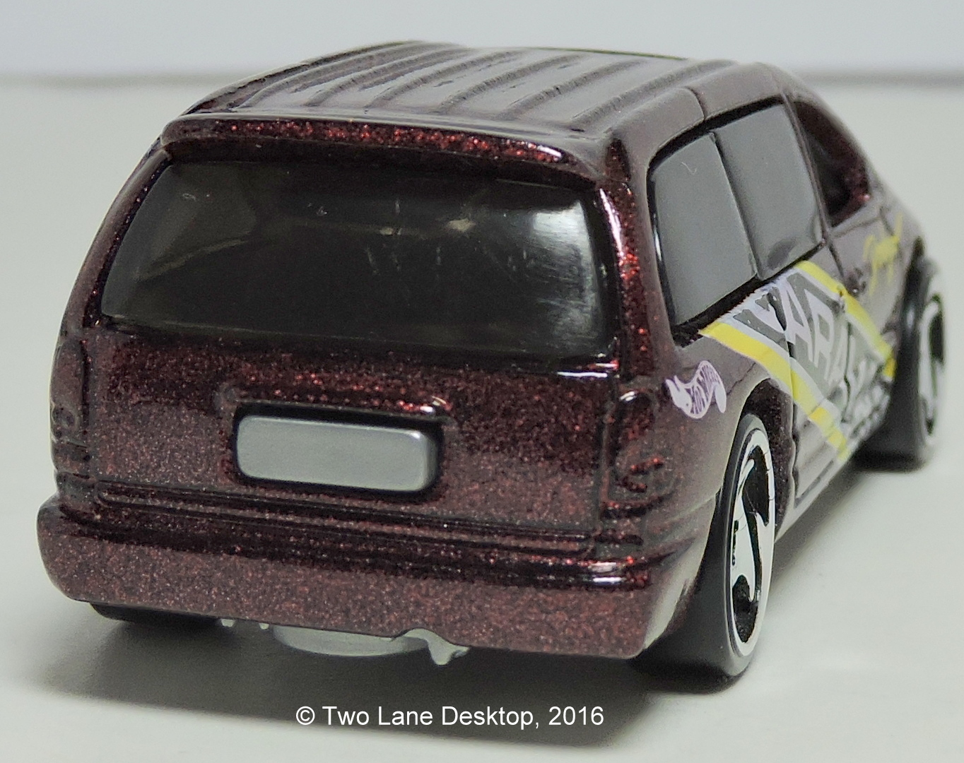 Hot Wheels Chrysler >> Two Lane Desktop: Hot Wheels 1998 Dodge Caravan and 2014 Honda Odyssey
