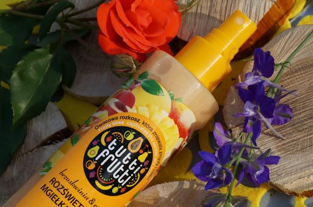 Owocowe rozświetlenie ciała z mgiełką Tutti Frutti brzoskwinia/mango