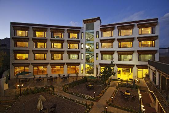 Hotel Singge Palace Leh Ladakh, Jammu & Kashmir is a magnificent property.