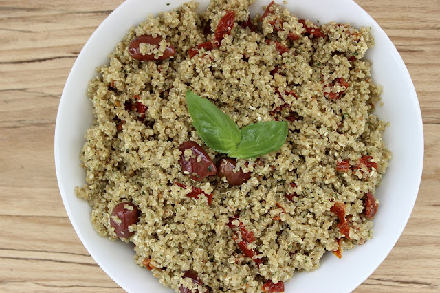 pesto quinoa with sundried tomatoes and olives