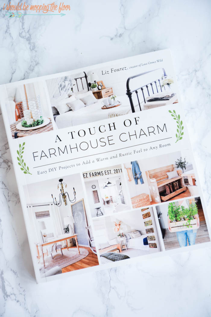 Easy Farmhouse Sign Tutorial