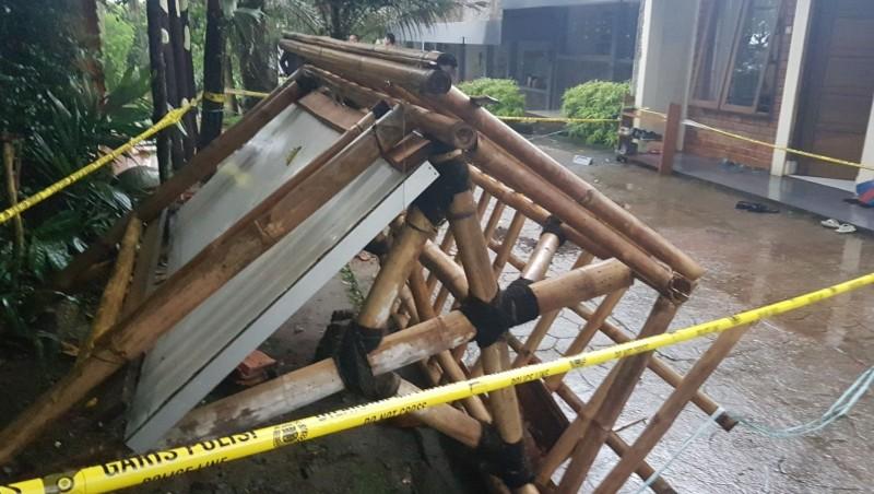 Majalah dinding yang menewaskan seorang siswi di Sukabumi