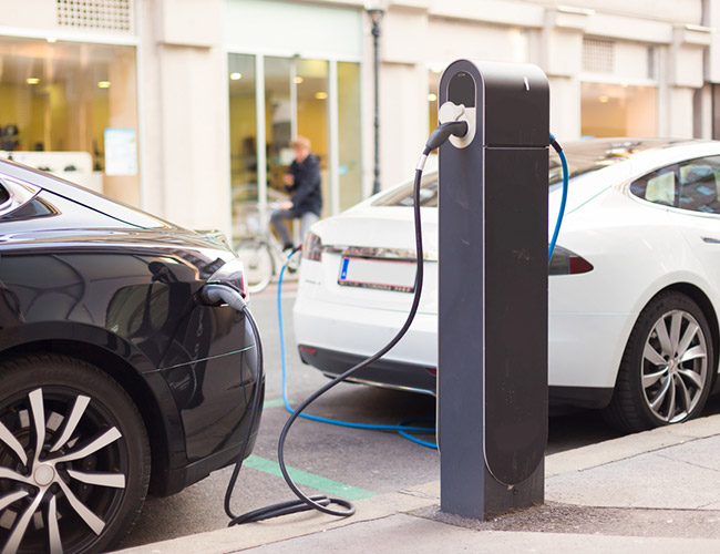 Tinuku IEA predicts electric cars will hit 220 million by 2030