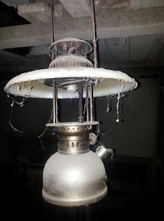 LAPAK BARANG ANTIK : Dijual Lampu Petromax Jadul - MAGELANG