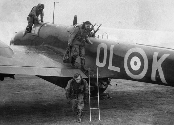 2 October 1940 worldwartwo.filminspector.com Hampden RAF No. 83 Squadron