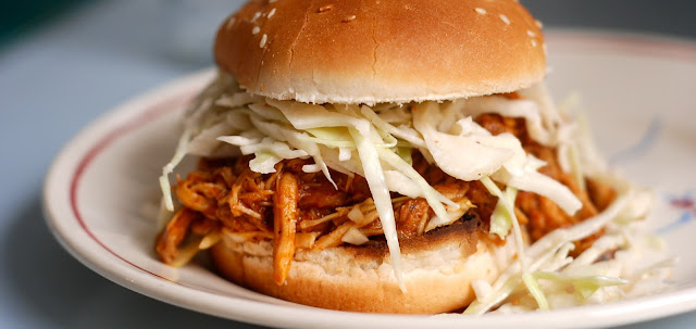 6sp - Oven Baked Skinny Shredded Barbecue Chicken Sandwiches