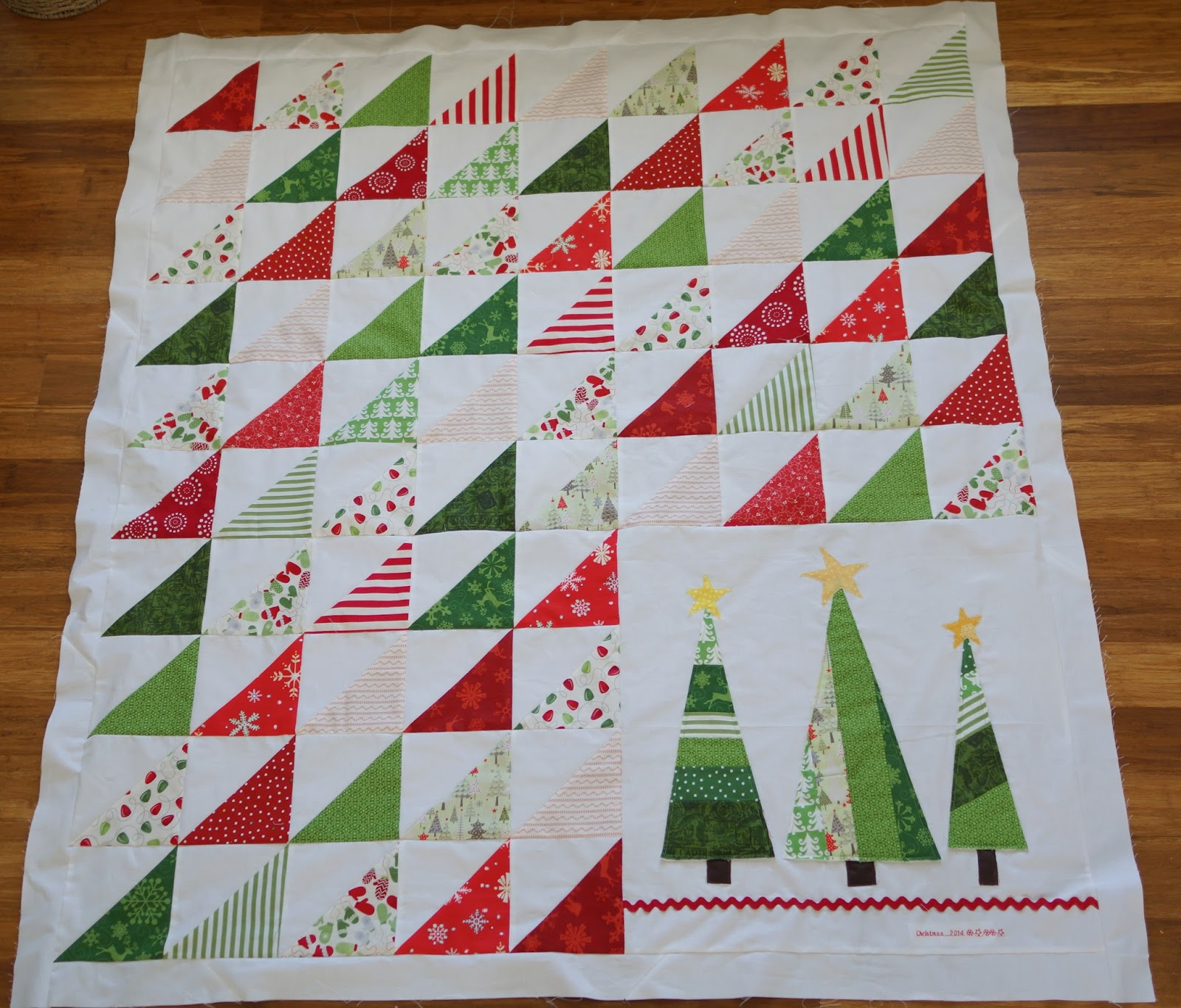The Christmas Quilt Christmas Decore