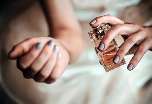 أفضل العطور النسائية المثيرة وأسعارها