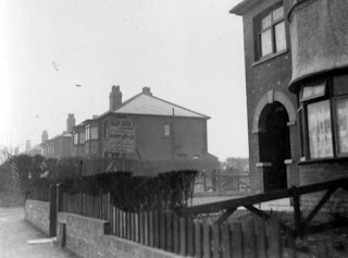 Selby Road, Halton, 29th April 1937 with advertising sign for Bray Homes