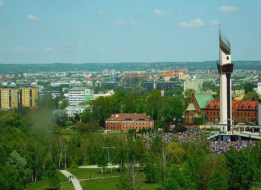 Zbliżenie w kierunku Wawelu.