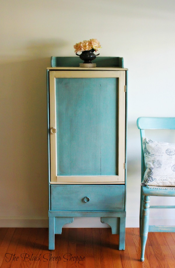 I used chalk paint to transform the old liquor cabinet into a functional storage piece.