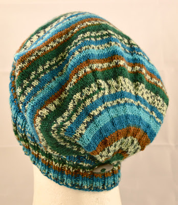 knit slouchy wool ski hat https://www.etsy.com/shop/JeannieGrayKnits?section_id=10584413&ref=shopsection_leftnav_5