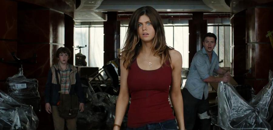Alexandra Dadarrio în primul trailer al filmului San Andreas