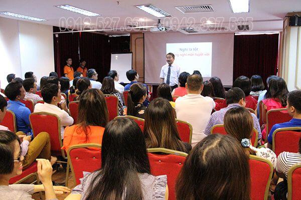 Ts. Phan Quốc Việt chia sẻ về văn hóa doanh nghiệp