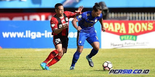 Persib Bandung Imbangi Persipura 0-0