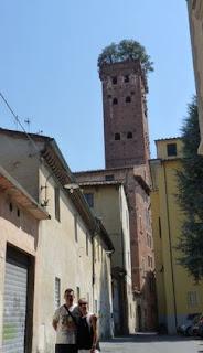 Lucca, Torre y el Palacio Guinigi.