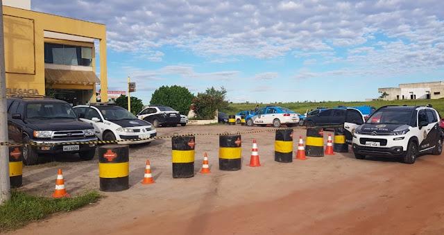 http://vnoticia.com.br/noticia/2732-policia-civil-deflagra-grande-operacao-contra-o-trafico-de-drogas-em-sao-francisco-de-itabapoana