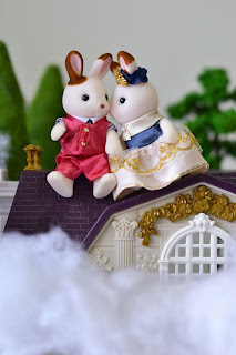 Sylvanian Families Stella and cinnamon rabbit's dreamland (town series)