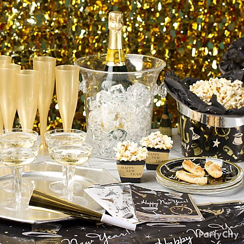 25+ Cool New Year Party Ideas 2017 | Eve Party