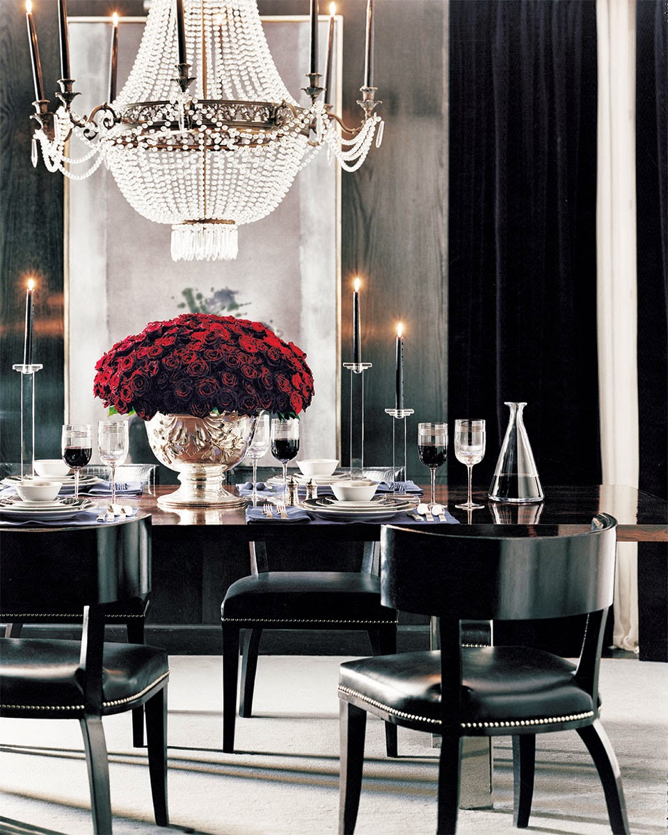 30 Black White Living Rooms That Work Their Monochrome Magic: Loveisspeed.......: Director's Cut: Ralph Lauren's