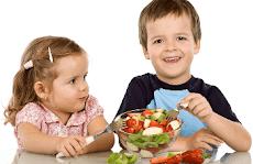 Bagaimana Memberi Makanan Sehat Agar Anak Cerdas?