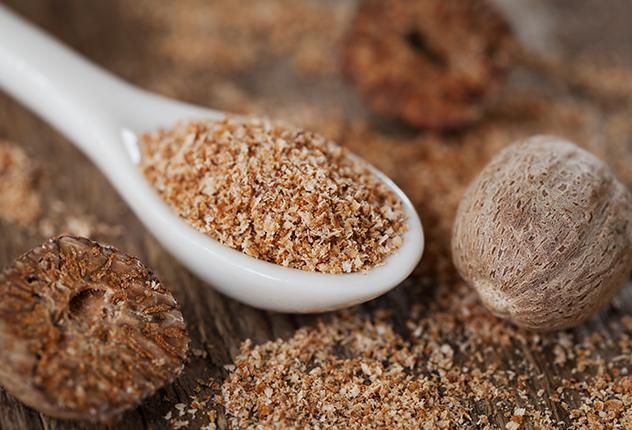 فوائد جوزة الطيب في حرق الدهون