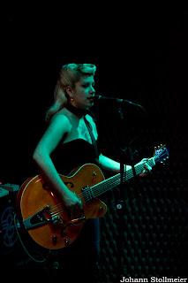 Carol, guitarrista e vocalista das Diabatz