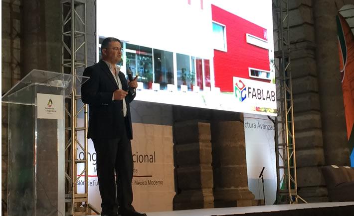 Aristarco Cortés, responsable del Fab Lab Puebla. (Foto: VI)