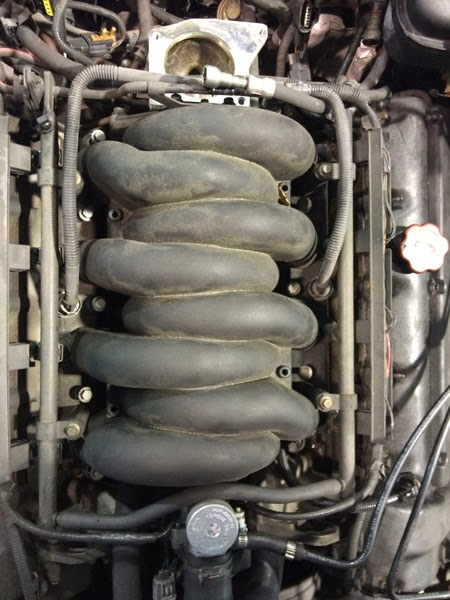 jaghelp com: How to remove the intake manifold and replace