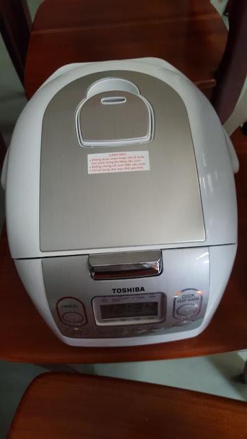 Đánh giá nồi cơm điện tử Toshiba RC-10NMFVN (WT) (1 Lít)