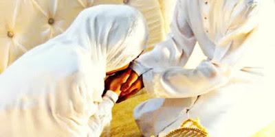 Sifat Istri yang Membuat Rezeki Suami Mengalir Deras