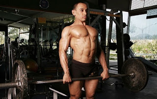 Urutan Fitnes Yang Benar Dalam Latihan Angkat Beban,