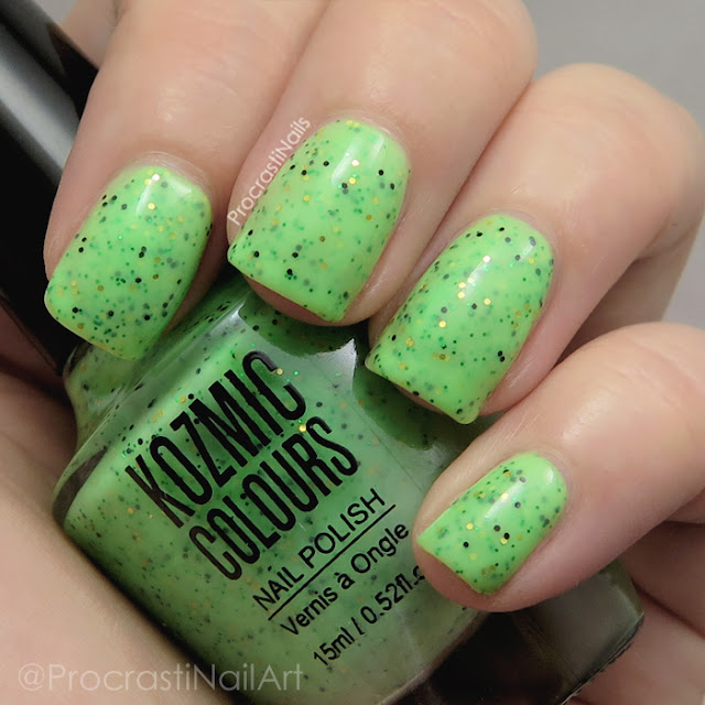 Swatch of Kozmic Colours Green Glitter Crelly