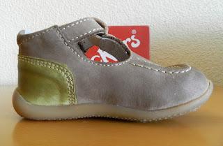 Zapato infantil. Zapatos Kickers.