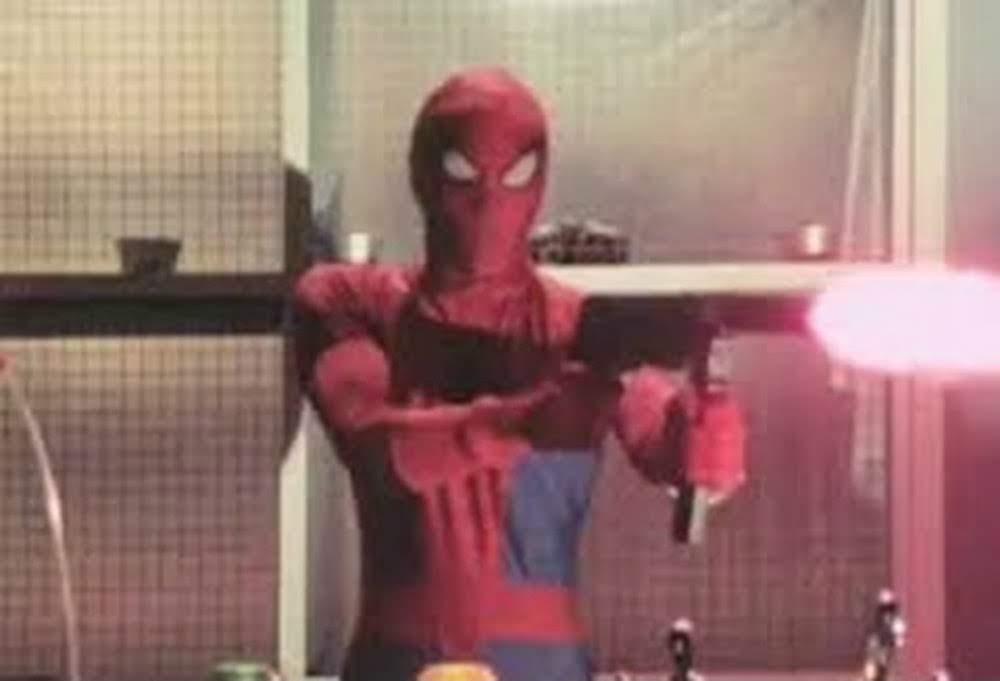 Toei Tokusatsu Spider-Man : スパイダーマンのアニメ映画「イントゥ・ザ・スパイダーバース」が、うっかりメンバーに加えるのを忘れていたスパイダーバース史上最カリスマの東映スパイダーマンをこれでもかとばかりに紹介したツッコミの予告編 ! !
