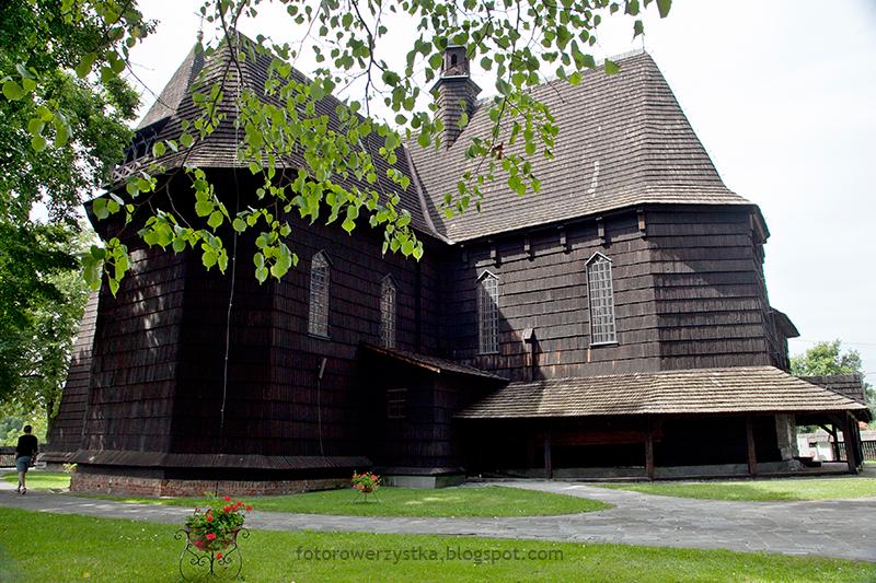 Skrzyszów, małopolska, pieszo, po Polsce, drewniane kościoły, kościół Św. Stanisława Biskupa i Męczennika